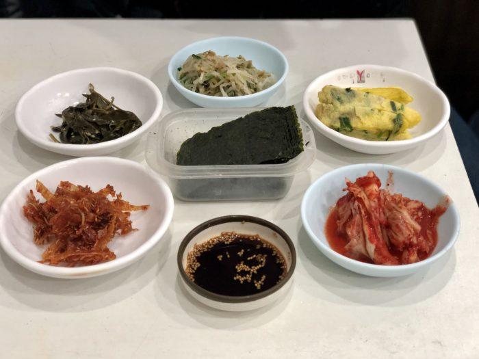 Đồ ăn kèm trong món Hàn